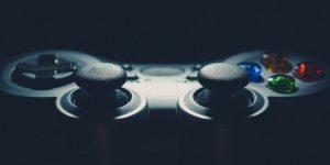 Controller per PlayStation 4, qual è il migliore tra Sony e Nacon?
