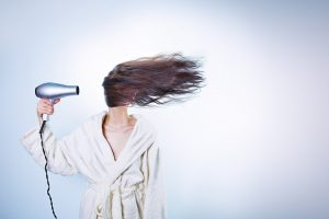 Styling capelli: prodotti perfetti per una chioma da star