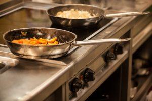 Padella in acciaio inox: quale scegliere per una cucina sana e innovativa