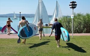 Tavola gonfiabile da stand up paddle: sport e divertimento per un'estate pazzesca
