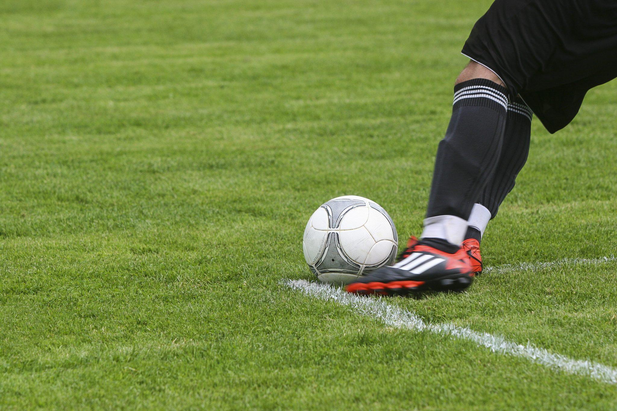 Calzini Sportivi Uomo Errea Con Piede Pi