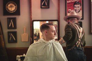 Prodotti contro la caduta dei capelli: le soluzioni cosmetiche da uomo per una chioma rigogliosa