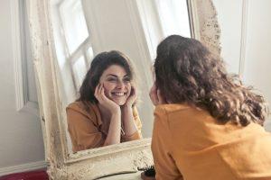 Specchio, specchio delle mie brame: qual è il più bello del reame?