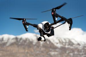 Drone con telecamera: come realizzare delle spettacolari riprese e foto aeree