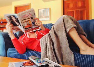 I migliori plaid da divano per addormentarsi in un caldo e morbido abbraccio