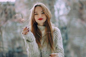 Il rossetto più alla moda per essere splendide nel momento del bacio sotto il vischio