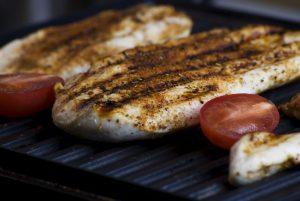 Bistecchiera in ghisa: la giusta superficie di cottura per esaltare il gusto del nostro cibo