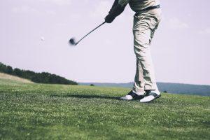 Abbigliamento da golf: praticità e buon gusto in un'ampia gamma di articoli