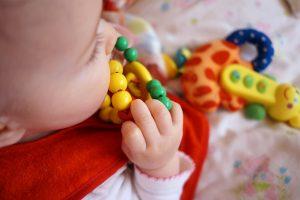 Sonaglino per bimbi: il primo colorato strumento per entrare nel magico mondo dei suoni