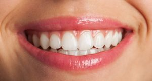 idropulsore dentale Designed by Asierromero / Freepik