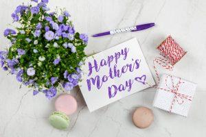 Idee regalo per la Festa della Mamma: le migliori per far sorridere la donna più importante della nostra vita
