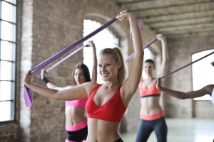 Elastici fitness in lattice per yoga, pilates, allenamento di forza e fisioterapia