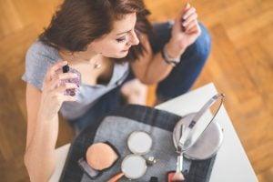 Profumo da donna: cinque fragranze da provare tra grandi classici e ricercatezze