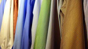 Camicia coreana: i modelli da uomo più alla moda per il tuo outfit