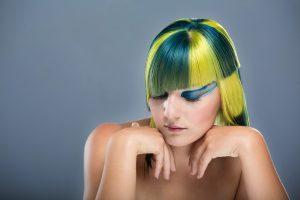 Parrucche: realistiche o fantasy, le migliori proposte per cambiare look