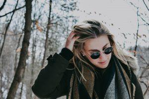 Sciarpa da donna: i modelli più avvolgenti per l'inverno che sta arrivando