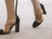 scarpe trasparenti