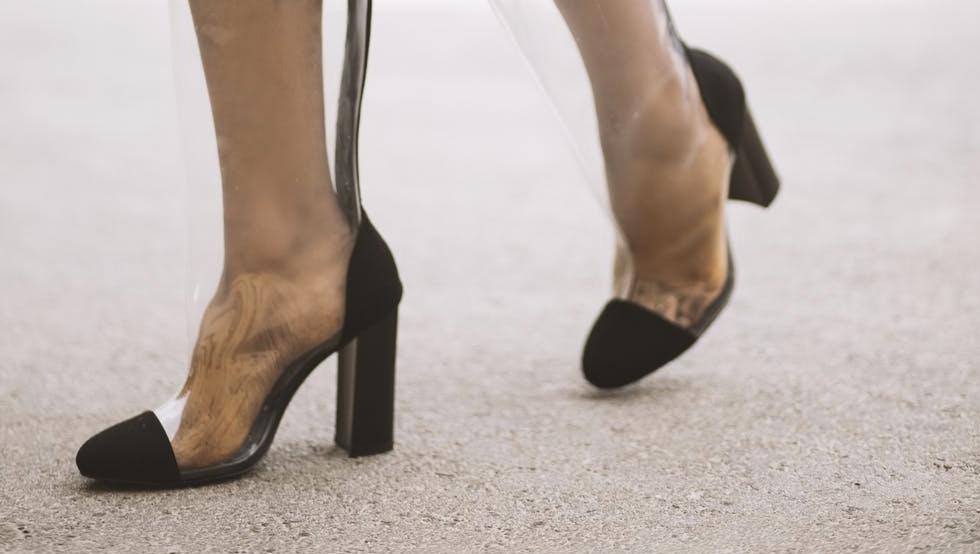 Scarpe trasparenti: un must have anche invernale Guida