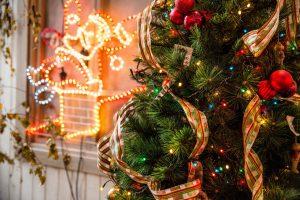 Luci di Natale: le idee più belle per festività natalizie ancora più luminose