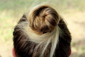 Tutto il necessario per un perfetto chignon senza bisogno del parrucchiere