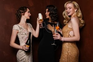 Vestiti di paillettes: capo moda del momento, must have per un party scintillante