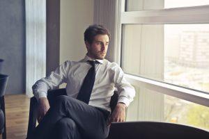 La camicia da uomo, il capo must have da indossare in qualsiasi occasione